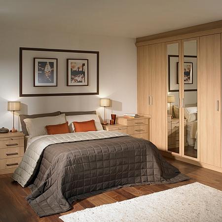 Topfit UK: Hannah bedroom