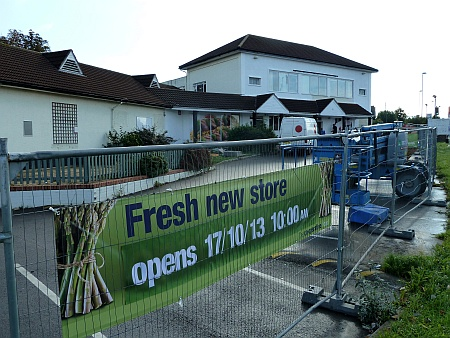 New Co-operative store at the former Parkway Tavern site in Stoke Gifford.
