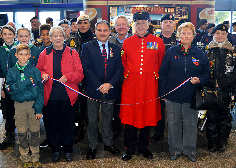 Photo of the Poppy Appeal Launch with (centre) Jack Lopresti MP and Chelsea Pensioner Dennis Morgan.