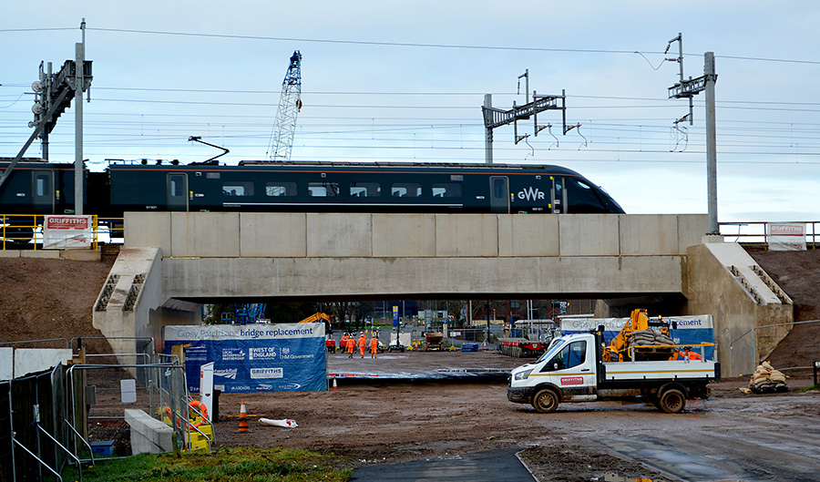 Photo of a train passiing over the new bridge on the morning of Monday 23rd November.